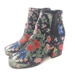 Indigo Rd Asian Brocade Tapestry Ankle Boots 7